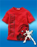 ガンプラ付きの『機動戦士ガンダム00』Tシャツ